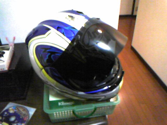 ヘルメットのシールド交換