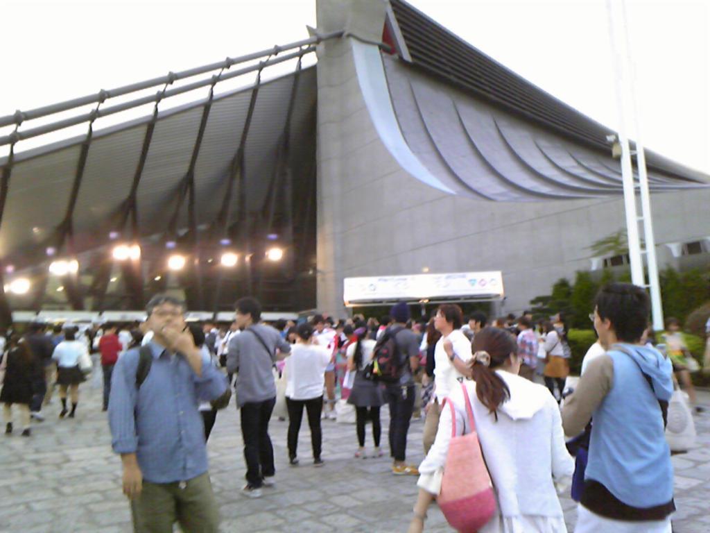 Perfume コンサートにきてます!